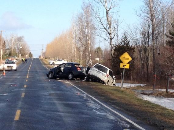 Une conductrice a été grièvement blessée à la suite d'une violente collision... (Janick Marois)