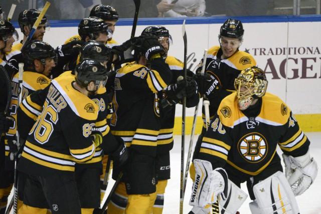 Ryan Spooner a été le seul à marquer en fusillade, jeudi, permettant aux Bruins... (Photo AP)