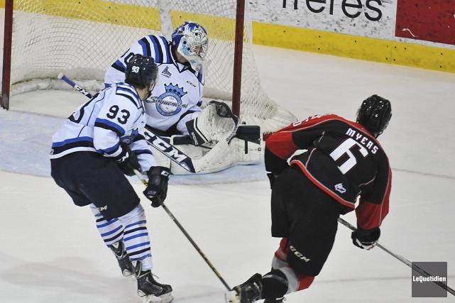 Philippe Myers a donné la victoire aux Huskies... (Photo Le Quotidien, Rocket Lavoie)