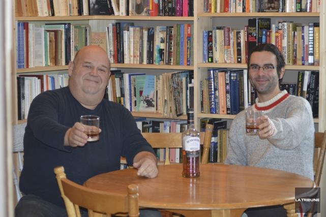 Michel Vézina et Maxime Nadeau.... (La Tribune, Émilie Pinard)