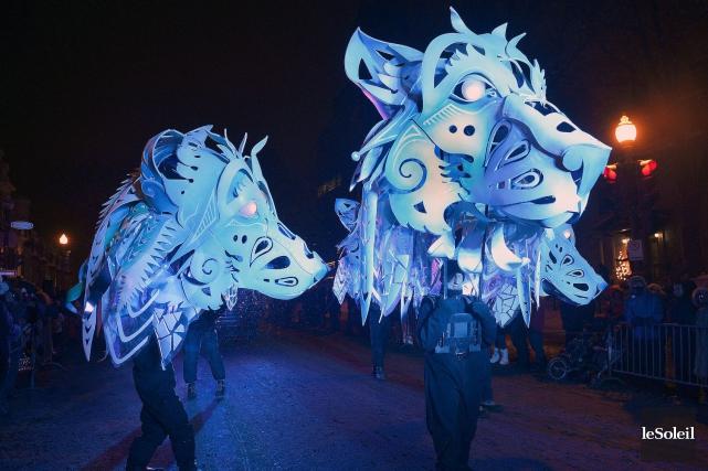 Les loups de l'an dernier reviendront au défilé... (Photothèque Le Soleil, Jean-Marie Villeneuve)