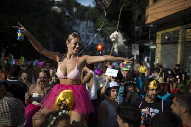 Le mélange de chaleur, de foules et de... (Photo Leo Correa, AP)
