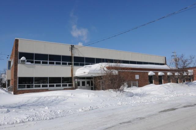 L'école secondaire régionale Riverside de Jonquière (photo) accueillera... (Archives Le Progrès-Dimanche)