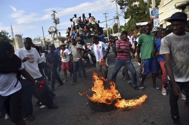 Une autre crise politique est à prévoir à... (AFP, Hector Retamal)