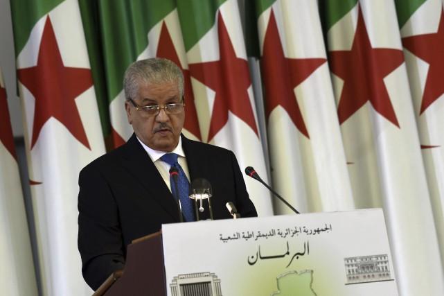 Le premier ministre algérien Abdelmalek Sellal et le... (AFP, Farouk Batiche)