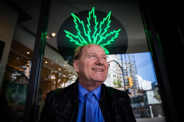 Le propriétaire d'une chaîne de magasins de cannabis... (Photo Darryl Dyck, archives La Presse Canadienne)