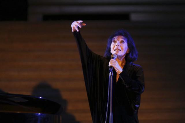 La chanteuse enchaîne les concerts depuis le printemps... (PHOTO FRANÇOIS GUILLOT, AFP)