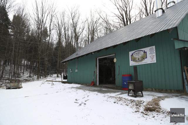 Cette année, la neige est clairement moins présente,... (Julie Catudal, La Voix de l'Est)
