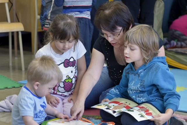 Dans les écoles primaires de Saint-Paul-de-Montmigny et de... (Le Soleil, Jean-Marie Villeneuve)
