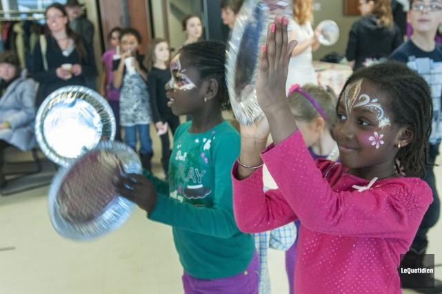 Danse et musique étaient au programme de la... (Photo Le Quotidien, Michel Tremblay)
