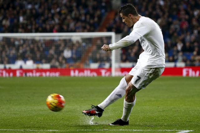 Cristiano Ronaldoest l'objet de convoitises de la part... (Photo Juan Medina, Reuters)