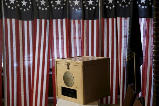 Les candidats à la Maison-Blanche ont fait feu de tout bois lundi pour... (Photo Reuters)