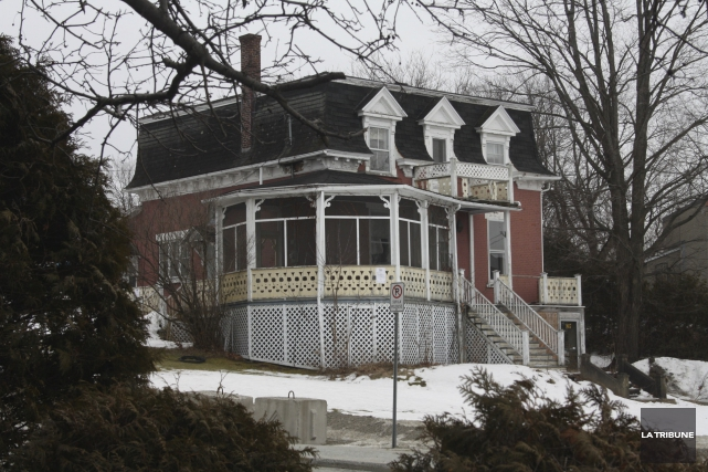 La maison Tourigny-Laforest devrait être démolie à court... (Archives, La Tribune)