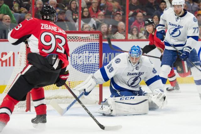 Mark Stone a récolté deux buts et une passe alors que les Sénateurs d'Ottawa... (PHOTO REUTERS)