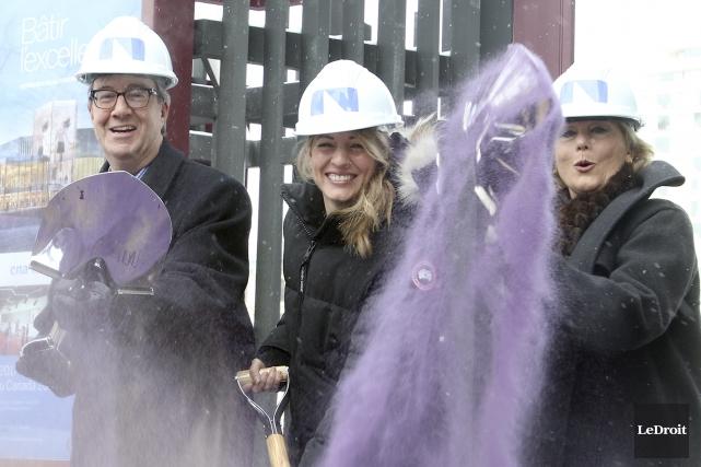 Le maire d'Ottawa, Jim Watson, et la ministre... (Patrick Woodbury, LeDroit)
