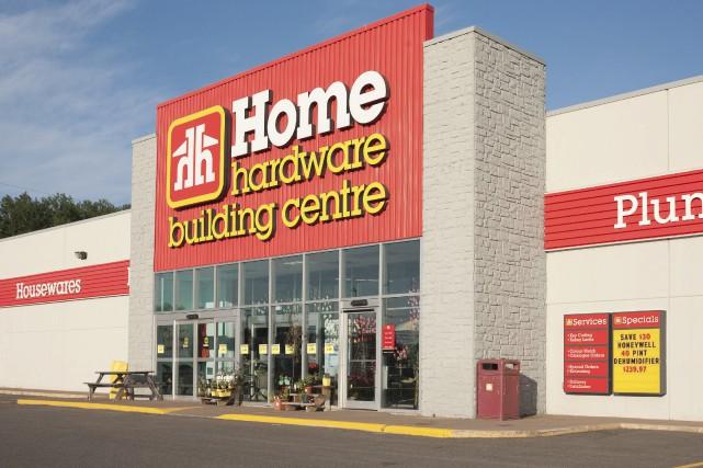Home Hardwaretend la main auxmarchands affiliés de Rona.... (123rf/ Kevin Brine)