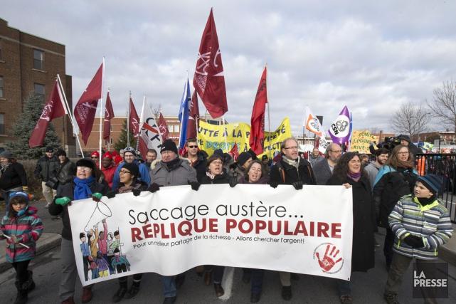 Une marche contre les mesures d'austérité libérales tenue... (Archives La Presse)