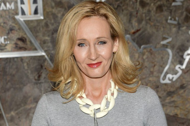 L'auteure J.K. Rowling... (PHOTO ARCHIVES AP)