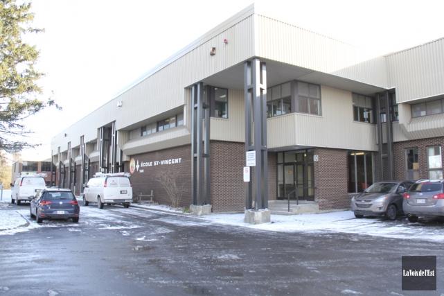 L'agrandissement de l'école Saint-Vincent devrait être prêt en... (archives La Voix de l'Est)