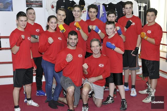 Voici quelques-uns des élèves du sport-études en boxe... (Photo Le Quotidien, Rocket Lavoie)