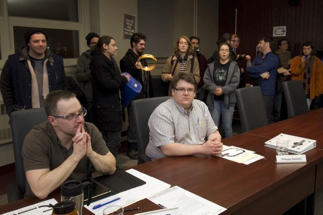 Des étudiants du Cégep de Sherbrooke ont perturbé... (Spectre Média, René Marquis)