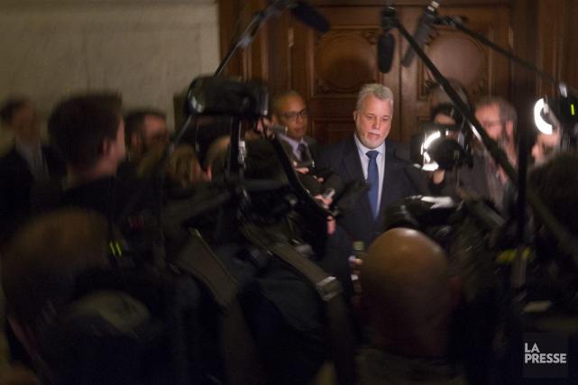 Philippe Couillard lors d'une mêlée de presse.... (PHOTO IVANOH DEMERS, ARCHIVES LA PRESSE)