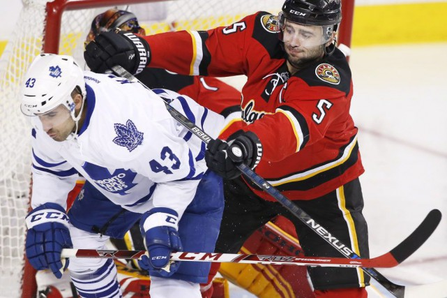 Nazem Kadri et Mark Giordano.... (PHOTO LARRY MACDOUGAL, ARCHIVES LA PRESSE CANADIENNE)