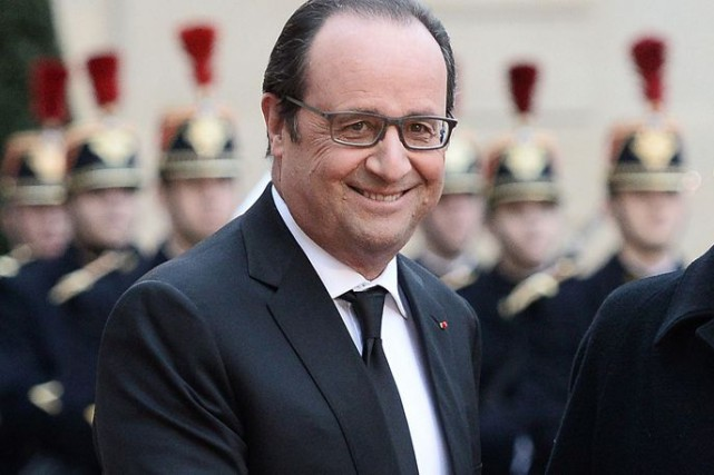 François Hollande... (PHOTO STEPHANE DE SAKUTIN, AFP)