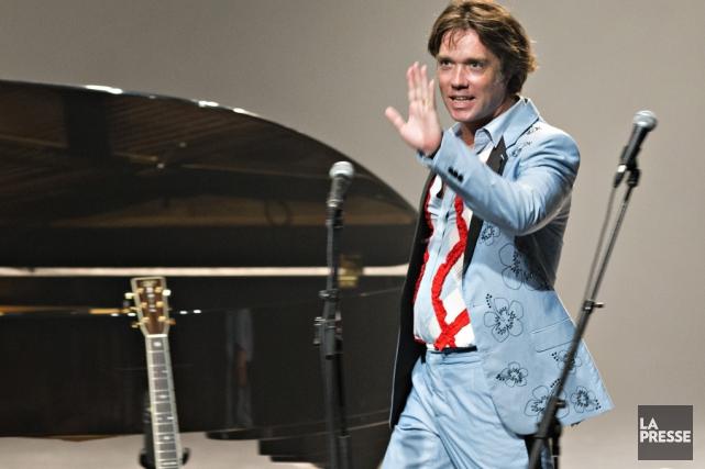 Rufus Wainwright en performance, l'été dernier au Festival... (Archives La Presse)