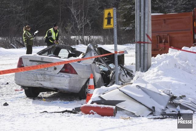 L'accident survenu mercredi à Saint-Tite a coûté la... (François Gervais)