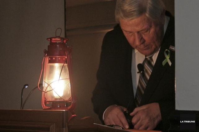 Le maire de Coaticook jette un dernier regard... (La Tribune, Maryse Carbonneau)