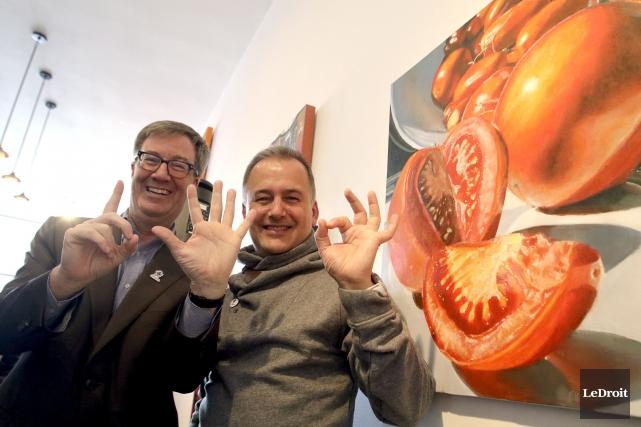 Le maire d'Ottawa, Jim Watson, et le directeur... (Patrick Woodbury, LeDroit)