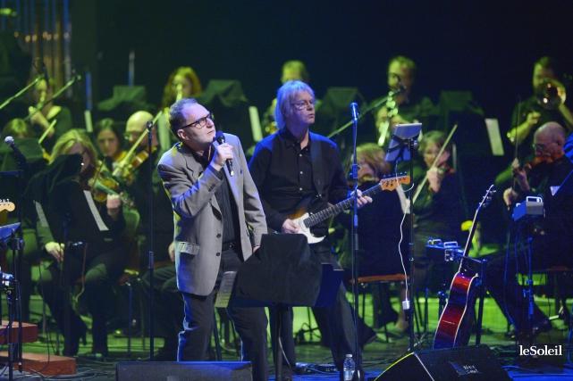 David Blamires, le chanteur principal, dégage un charisme... (Le Soleil, Jean-Marie Villeneuve)
