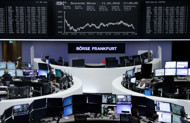 La Bourse de Francfort a lâché 2,9 % de... (PHOTO REUTERS)