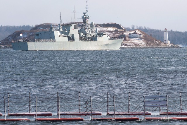 La flotte de l'OTAN en mer Égée sera... (PHOTO ANDREW VAUGHAN, ARCHIVES LA PRESSE CANADIENNE)