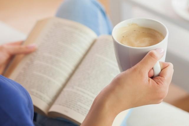 Les livres nous font réfléchir ou nous divertissent, mais ils peuvent aussi... (PHOTO THINKSTOCK)