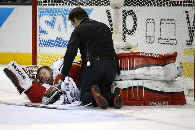 Le gardien des Flames KarriRamo a quitté le... (Photo Tony Avelar, AP)