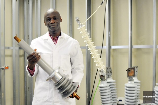 Le professeur Issouf Fofana, du département des sciences... (Photo Le Quotidien, Jeannot Lévesque)