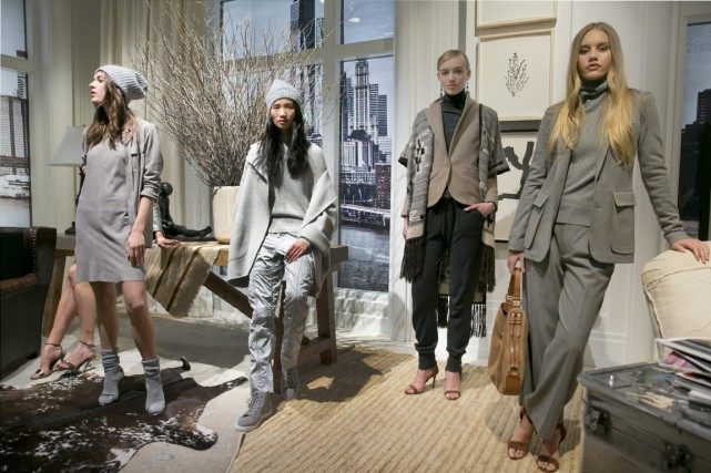 Au féminin, Ralph Lauren propose un style « cool... (Photo Richard Drew, archives AP)