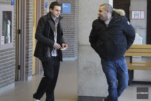 Sébastien Lambert (à gauche) a plaidé coupable à... (La Tribune, René-Charles Quirion)