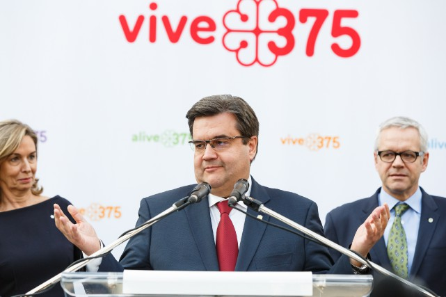 Denis Coderre lors du dévoilement de la programmation... (PHOTO ULYSSE LEMERISE, COLLABORATION SPECIALE)