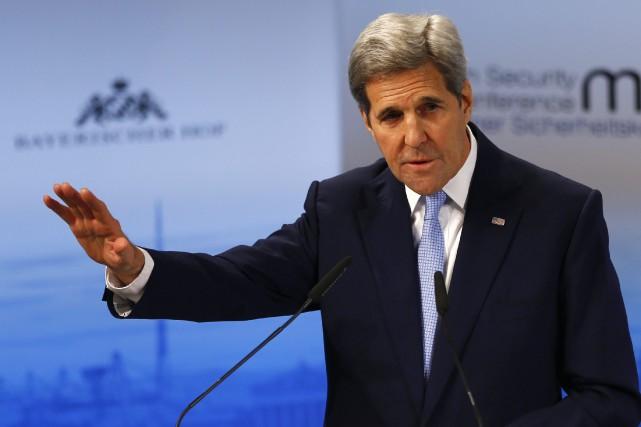 Le secrétaire d'État américain, John Kerry... (Photo Matthias Schrader, AP)