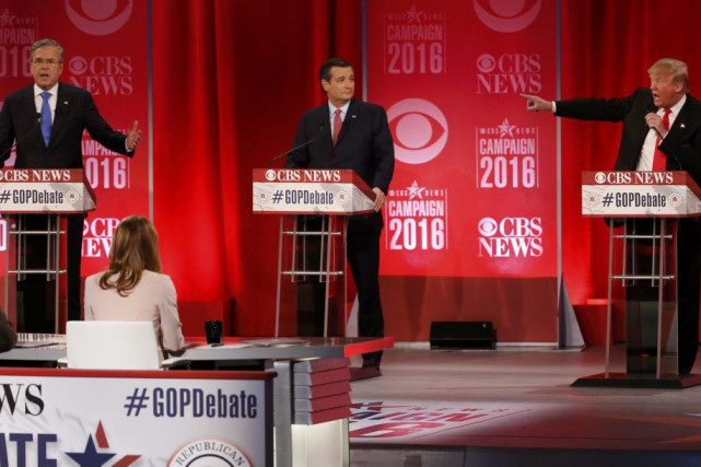 Jeb Bush, Ted Cruz et Donald Trump lors du débat républicain... (PHOTO JONATHAN ERNST, REUTERS)