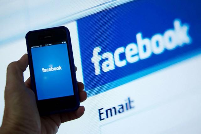 Avec plus de 1,5 milliard d'usagers actifs à travers le monde selon plusieurs... (Agence France-Presse)