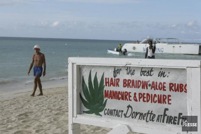 La plage de Negril... (Stéphane Paquet, Archives La Presse)