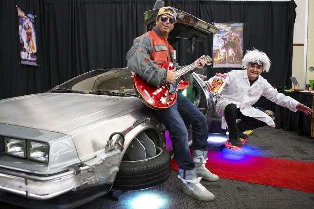 Marty McFly, le Doc Brown et la DeLorean... (Olivier Croteau)