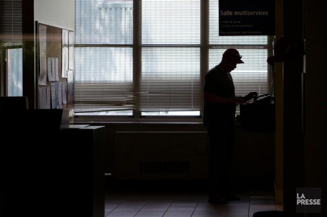 Bon an mal an, Québec traite plus de 11000cas de délation pour fraude à... (Photo archives La Presse)