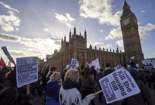 Les Londoniens sont désespérés quant à la hausse... (AFP, Niklas Halle'n)