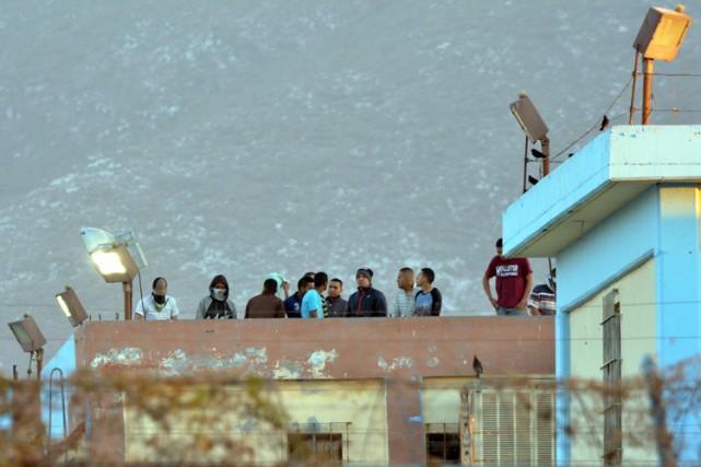 Environ 3800 détenus, parmi lesquels des membres de... (PHOTO AP)