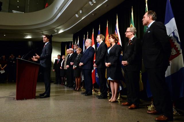 Le premier ministre Justin Trudeau a rencontré ses... (PHOTO ARCHIVES LA PRESSE CANADIENNE)